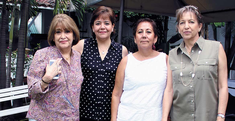Eva, Patricia, Rosa Martha y Martha Calderón.