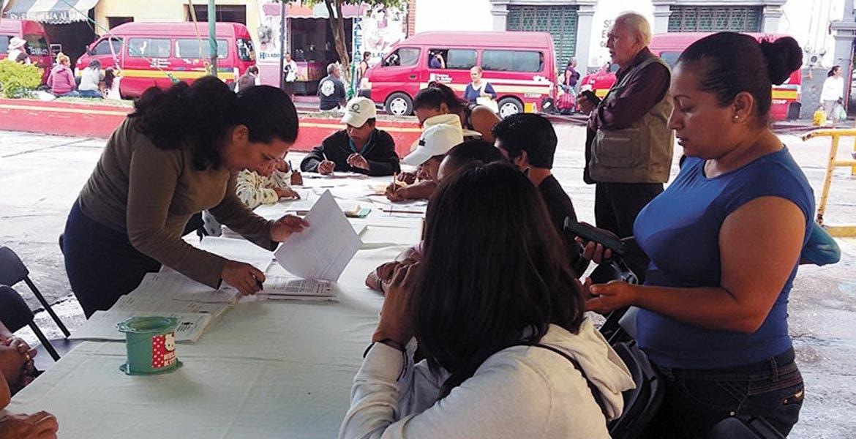 Exhorto. Autoridades municipales buscan combatir el rezago educativo en Yautepec, por lo que invitaron a mayores de 15 años a certificarse en primaria y secundaria.