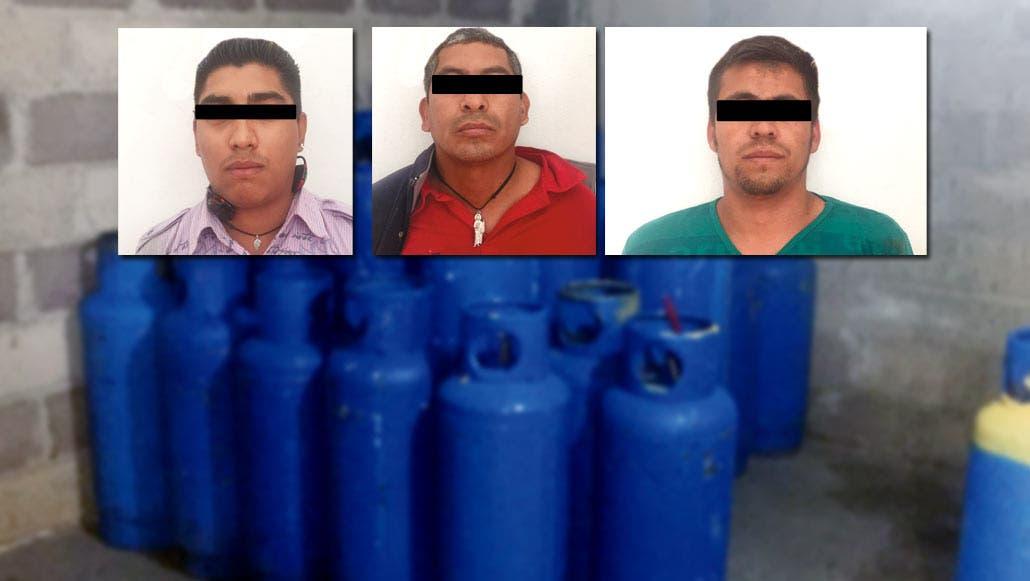 Ladrones. Constantino Valerio Mena, José Flores de la Cruz, y Jesús Manuel Solórzano García, fueron detenidos por robar un camión.