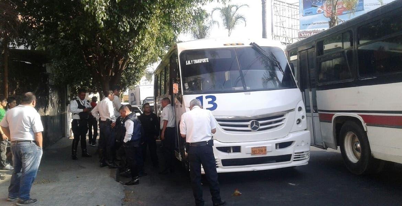 Asaltan sujetos una Ruta 13 en Plan de Ayala, Cuernavaca