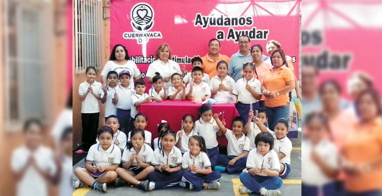 Beneficio. La campaña 'Por una sonrisa sana' recorre escuelas de Cuernavaca con pláticas sobre el cepillado