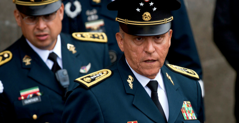 Detienen en Los Ángeles a Salvador Cienfuegos, ex titular de Sedena de Peña Nieto