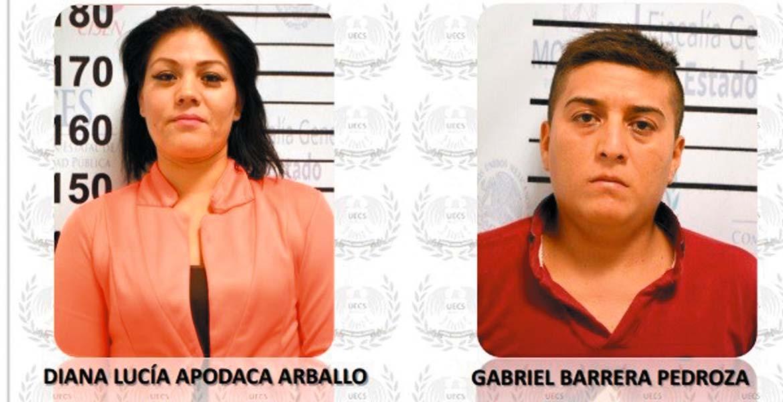 El delito - El 21 de septiembre del 2015 la pareja extorsionó a un comerciante con mil 500 pesos y celulares, tras hacerse pasar por gente de 'El Carrete'.