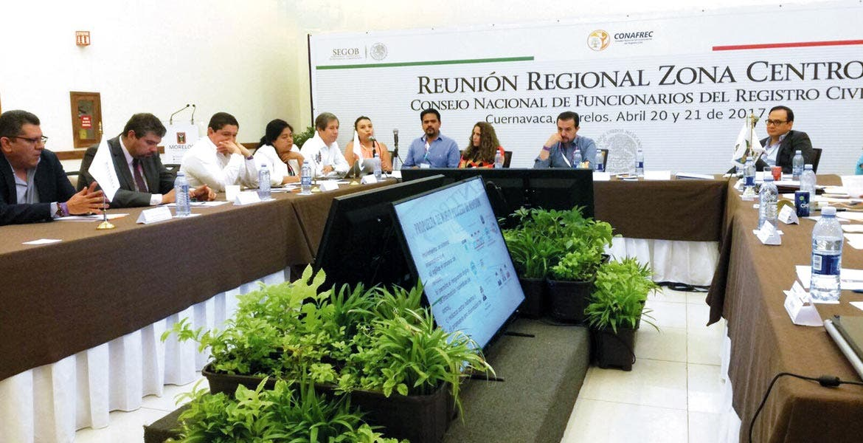 Apoyo. En la reunión del Consejo Nacional del Registro Civil presenta SICyT sistema que ayuda a reducir el tiempo de revisión de un mes a tres días.