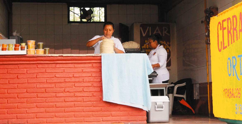Incrementos. La tortilla, alimento básico para los morelenses, tendrá una subida de 1.50 pesos el kilogramo.