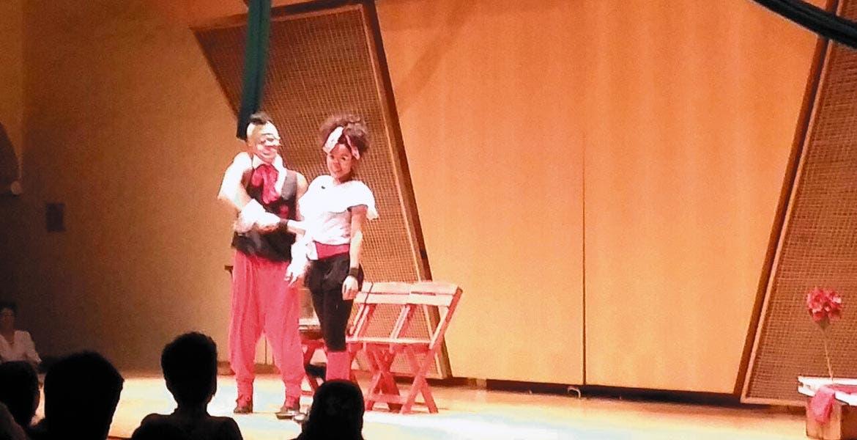 Disfrutan en el Borda obras de teatro infantil