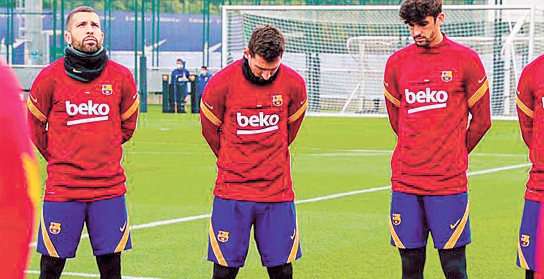 Barcelona acordó reducción salarial de jugadores por 122 millones de euros