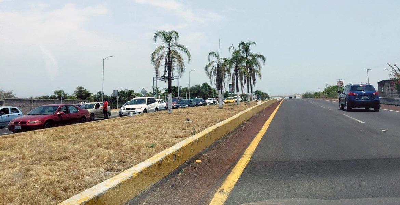 Local. Entre 2013 y 2016, una empresa beneficiada tuvo obras en la autopista-Cuernavaca-Acapulco.