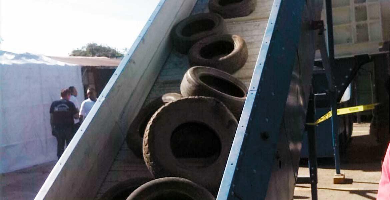 Operación. El edil dijo que la planta tiene capacidad para triturar 500 llantas diarias y que no le costó al municipio.