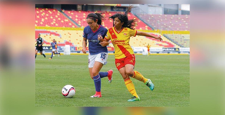 Morelia debuta a niña de ¡12 años! en la Liga Femenil