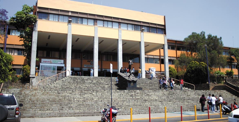 Graco Ramírez retiene recursos a la Universidad de Morelos, suspenden labores