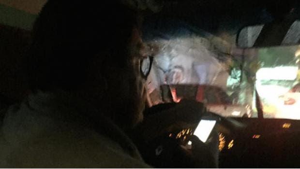 Conductor de Uber miraba porno mientras transportaba a pasajera