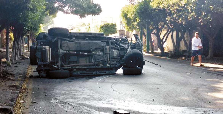 Cinco hombres quedaron heridos al destrozar sus coches en Cuernavaca, Xochitepec y Yautepec, por el exceso de velocidad y el consumo de alcohol