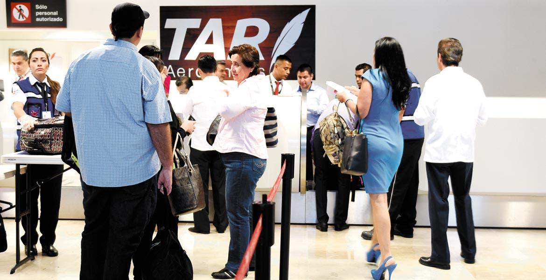 Conectividad. El aeropuerto ha permitido que más inversionistas y turistas llegan a la entidad morelense.