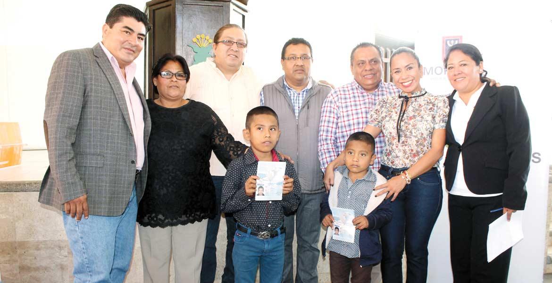 Beneficio. El Ayuntamiento de Yautepec y la Sedeso trabajan coordinadamente para apoyar a los paisanos y sus familiares.