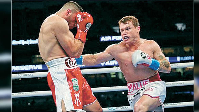 Canelo Alvarez - El mexicano retiene los títulos supermediano del CMB y AMB, en pelea que fue un fiasco en Miami