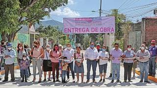 Entregan pavimentación en Emiliano Zapata 2
