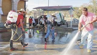 Habitantes de Zacualpan controlan ingreso para evitar COVID-19 2