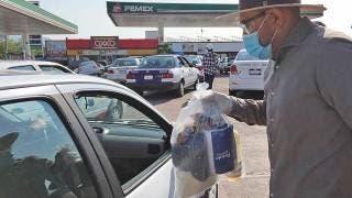 Apoya alcalde a taxistas con despensas en Yautepec 2