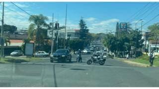 Asesinan a policía ministerial y lesionan a otro en balacera en cafetería Illy de Río Mayo, en Cuernavaca 2