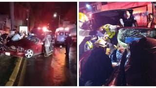 Mustang a toda velocidad se estrella vs palmera en avenida Plan de Ayala, de Cuernavaca 2
