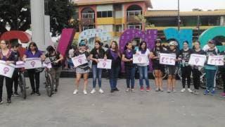 Hoy, día solemne y de protesta 2