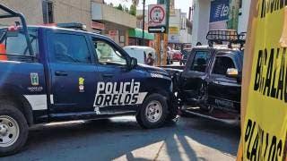 Choca patrulla en Cuautla 2
