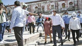 Supervisa Gobernador obra del mercado de Zacatepec  2
