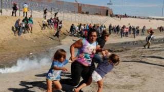 Disparan en la frontera balas de goma a migrantes 2