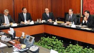 Propuesta. Graco Ramírez dio a conocer que la Conago abordará el 4 de enero el tema de la liberación del mercado de las gasolinas, por lo que se reunirán con los miembros de las comisiones de Hacienda y de Energía.