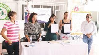 Firman convenio INEEA y Ayuntamiento de Zacatepec 2