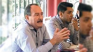Encuentro. El secretario Jorge Messeguer y el coordinador del proyecto, se reunieron con representantes de la SHCP y SCT.