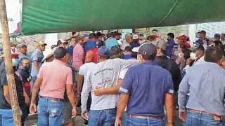 Se calientan los ánimos afuera del Consejo Electoral de Ayala 2