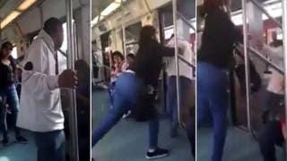 Mujer saca del metro violentamente a supuesto invidente que acosaba a las pasajeras 2