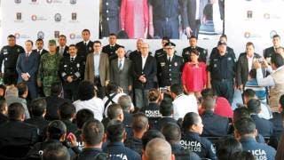 Evento. El gobernador Graco Ramírez presentó la nueva estrategia policial Policía Morelos, con lo que buscan tener una mayor cercanía con la ciudadanía a través de la sectorización de los cuadrantes en todo el estado.