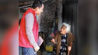 Iniciarán la construcción de la vivienda para la señora Rosa Jiménez, de Yautepec