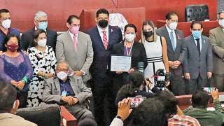 Da Congreso local reconocimiento a Marisol Hernández López al Mérito Médico