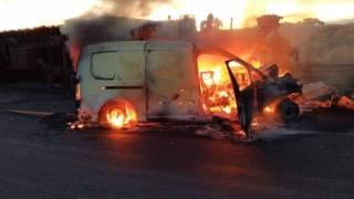 Tres muertos tras choque entre tráileres y vehículos en la autopista Siglo XXI 2