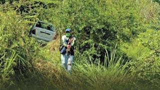 Pierden control en zona de curvas de carretera Alpuyeca-Jojutla, casi les cuesta la vida 2