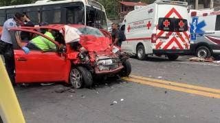 Mortal accidente en la México-Cuernavaca, a la altura de Huitzilac; mujer muere prensada 2