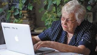 Se suman adultos a las redes sociales 2