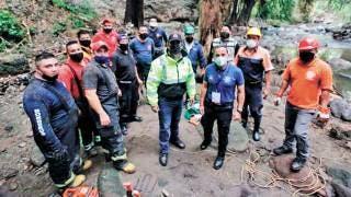 Aplaude alcalde de Cuernavaca labor de rescatistas 2
