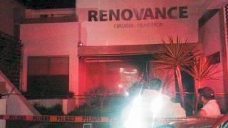 Siniestro. Dos mujeres fueron trasladadas a otros hospitales, luego de que se incendiara una clínica de cirugía plástica en la colonia Vista Hermosa, de Cuernavaca.