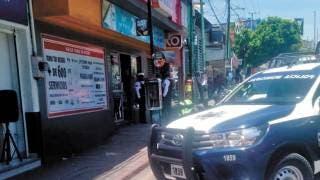 Asaltan en Cuernavaca un minisúper 2