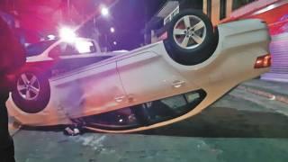 Abandonan vehículo tras volcadura en San Antón 2