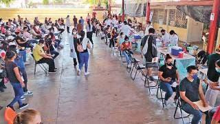 Copiosa afluencia de jóvenes para recibir vacuna contra COVID en Jiutepec 2