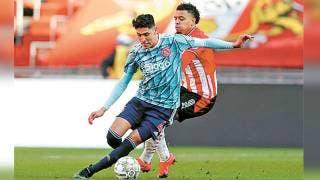 Aventaja Ajax al PSV en la clasificación 2