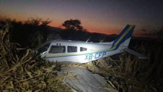 Dos lesionados tras caída de avioneta en Morelos 2