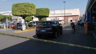 Intentan asaltar a cuentahabiente y se refugia en estacionamiento de supermercado en Cuernavaca 2