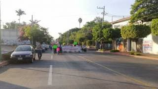 Cuarta marcha y bloqueo consecutivos en Cuernavaca. ¿Habrá quinto malo este viernes? 2